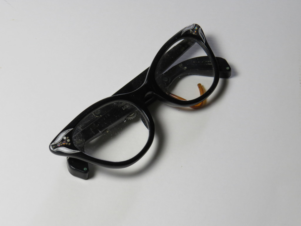 Women's hearing aid spectacles - 1950's