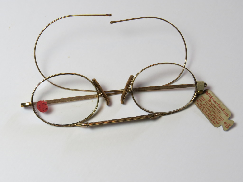 Pince-Nez Gold - Very uncommon