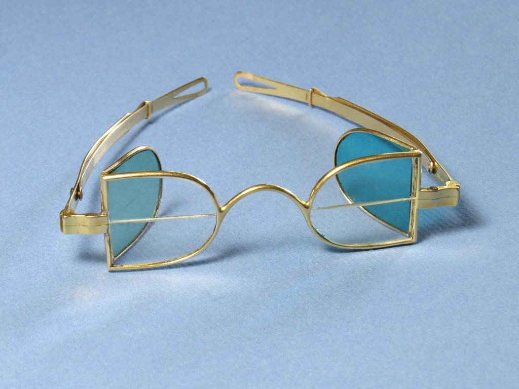 McAllister - Franklin Bifocals - tinted side lenses - Solid Gold